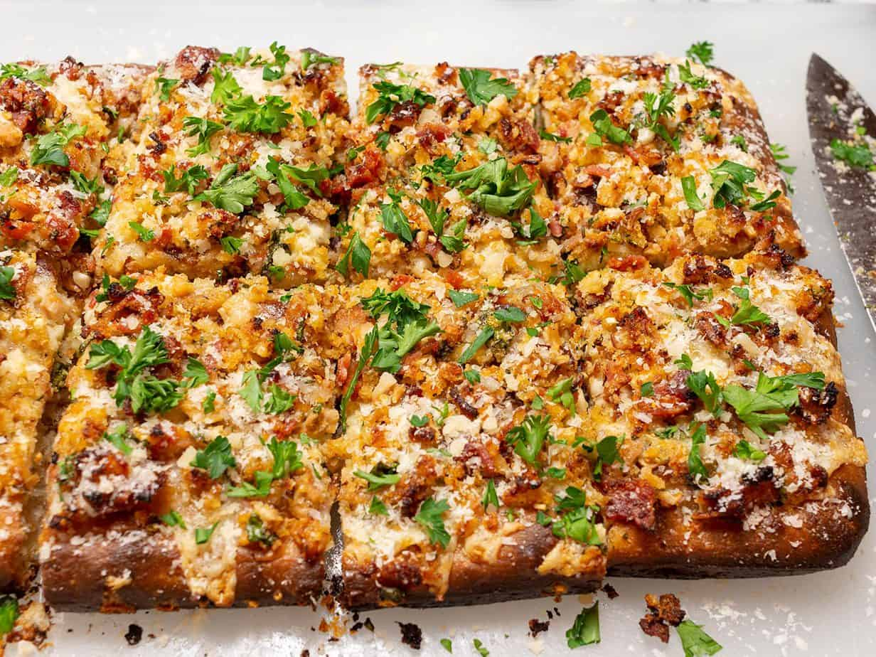 pan pizza with clams and bacon by Frank Pepe